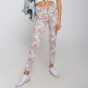 MOTEL- Floral Skinny Jeans